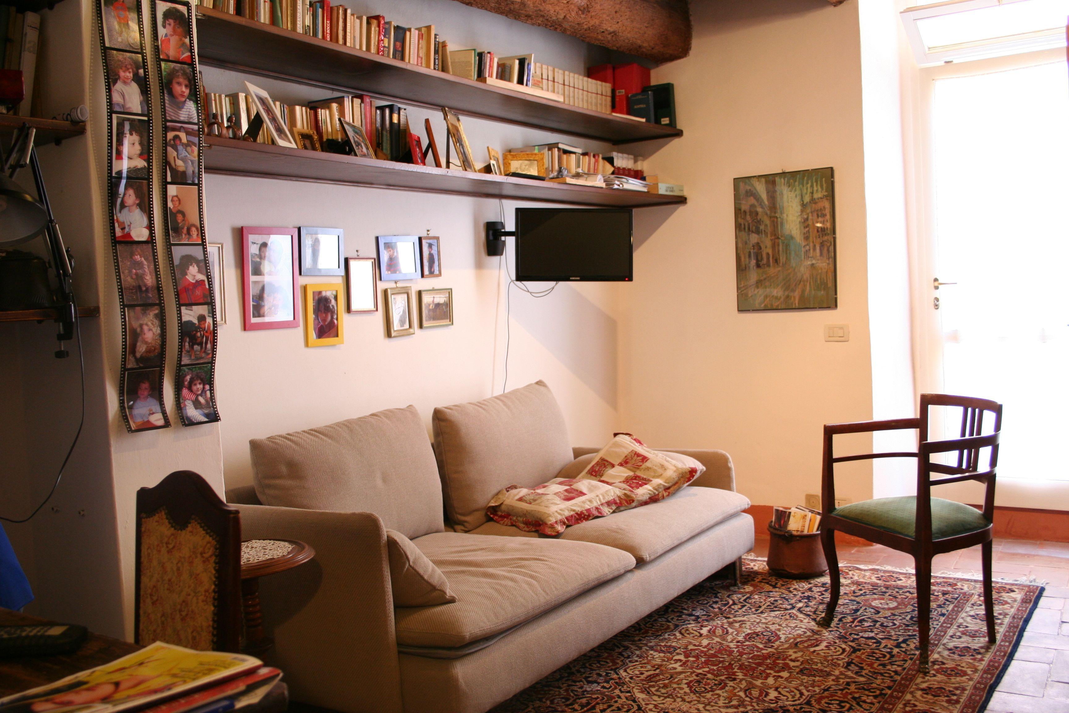 Galleria immagini b b della celletta - Angolo studio in camera da letto ...